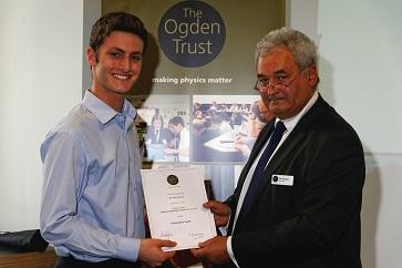 WEB Adam Bush receives Ogden prize from Tim Simmons
