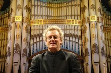 WEB Howard Goodall at Leeds Town Hall