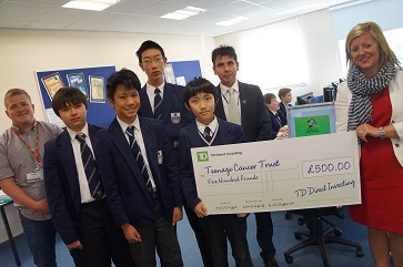 WEB TDDI present cheque to winners Y8 investment challenge