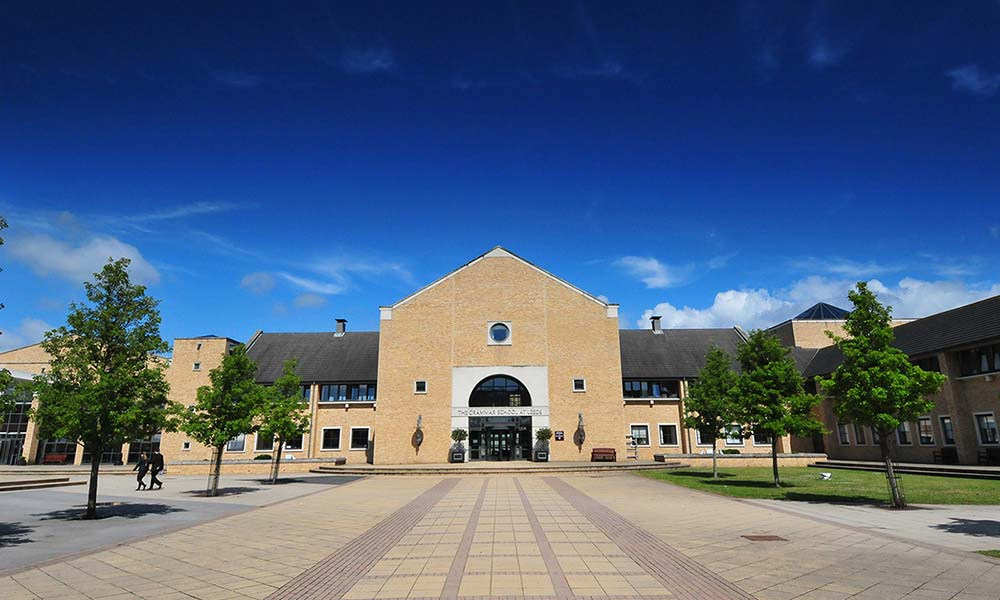 Leading Independent School Leeds The Grammar School At Leeds
